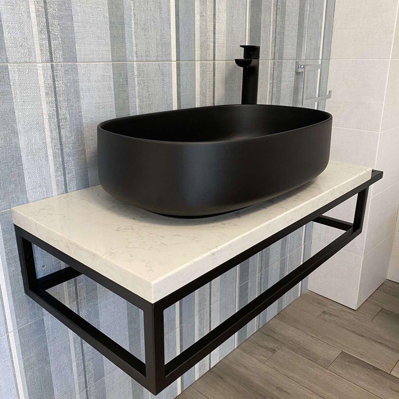 Плот за баня от технически камък Lusso Light с конзола за хавлия