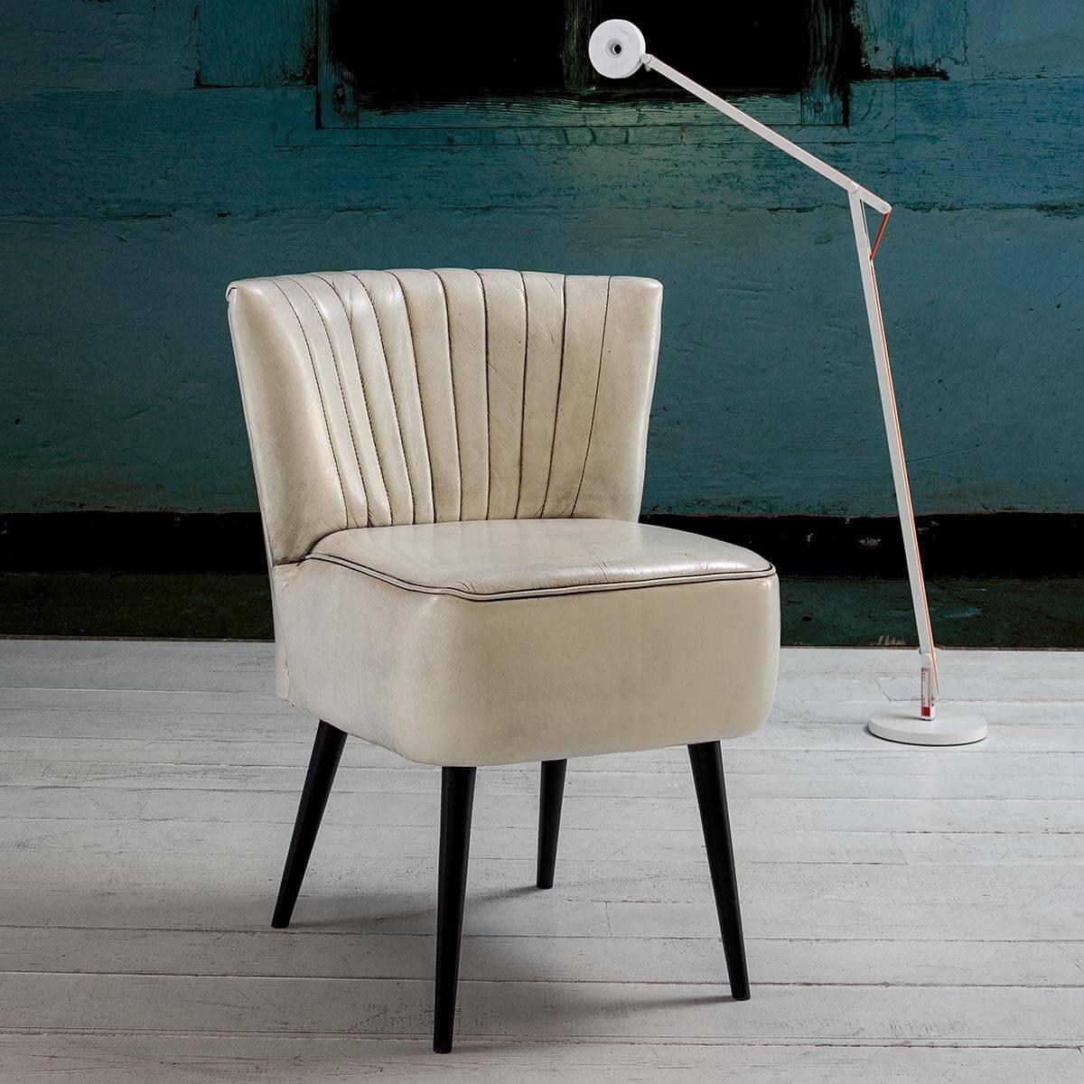 Трапезен стол Cleveland Dinning, от Devina Nais - Италия