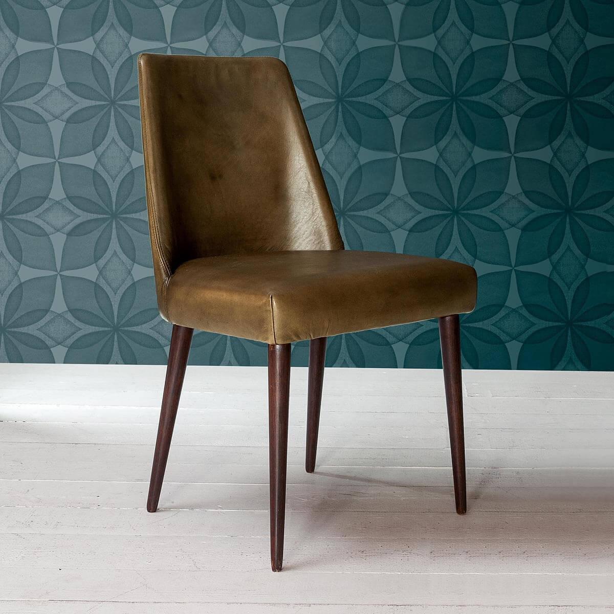 Трапезен стол Madison, от Devina Nais - Италия