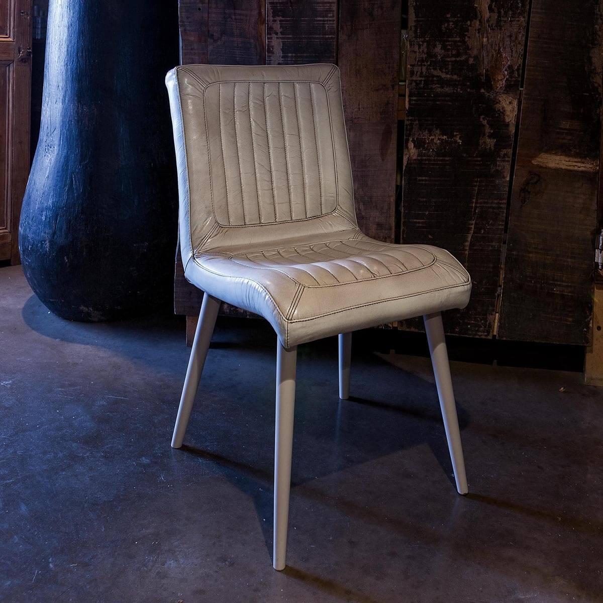 Трапезен стол San Diego, от Devina Nais - Италия