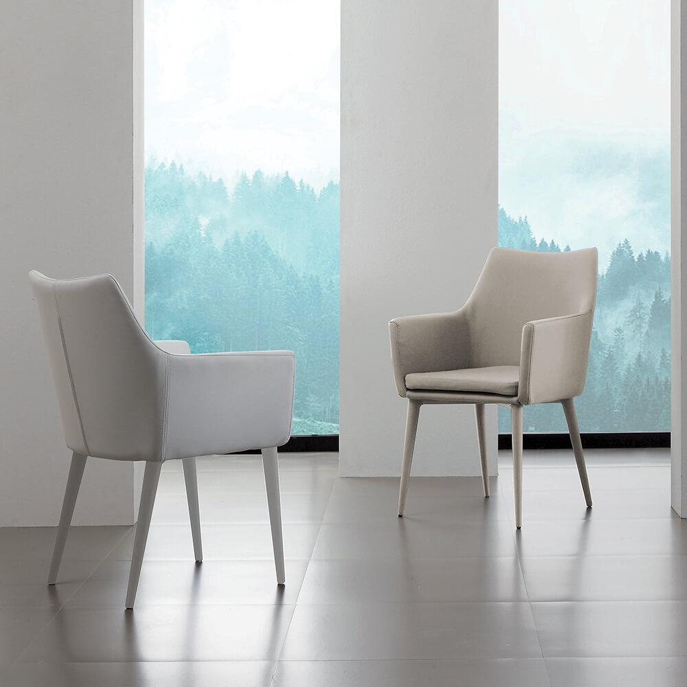 Трапезен стол Armonia от La Seggiola, Италия