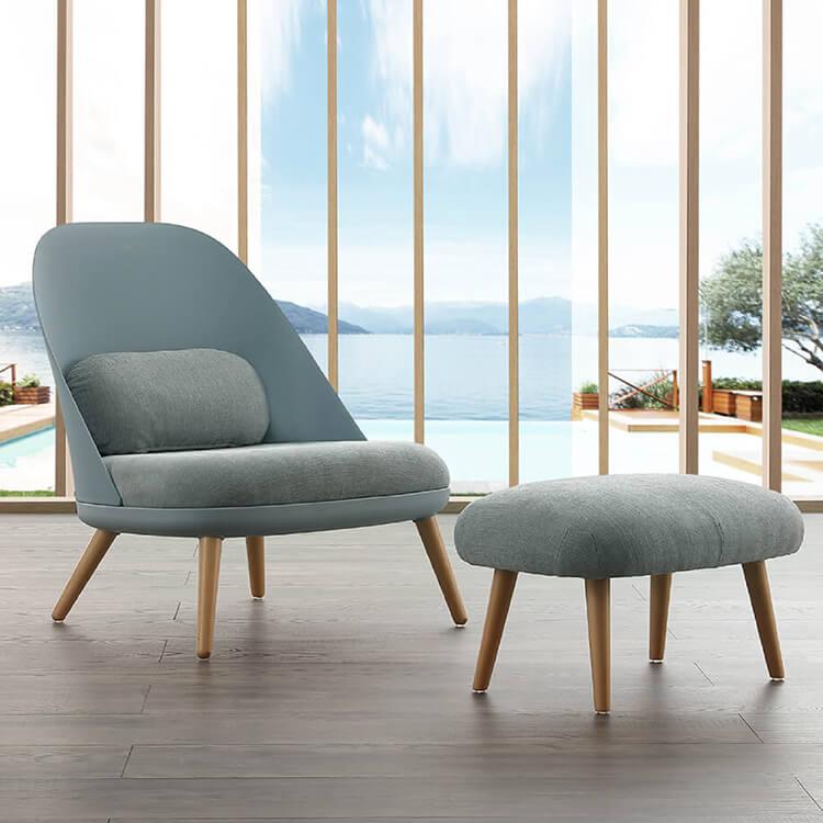 Италиански фотьойли и кресла
