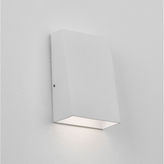 Стенна лампа Miley, с IP54, код 9202131