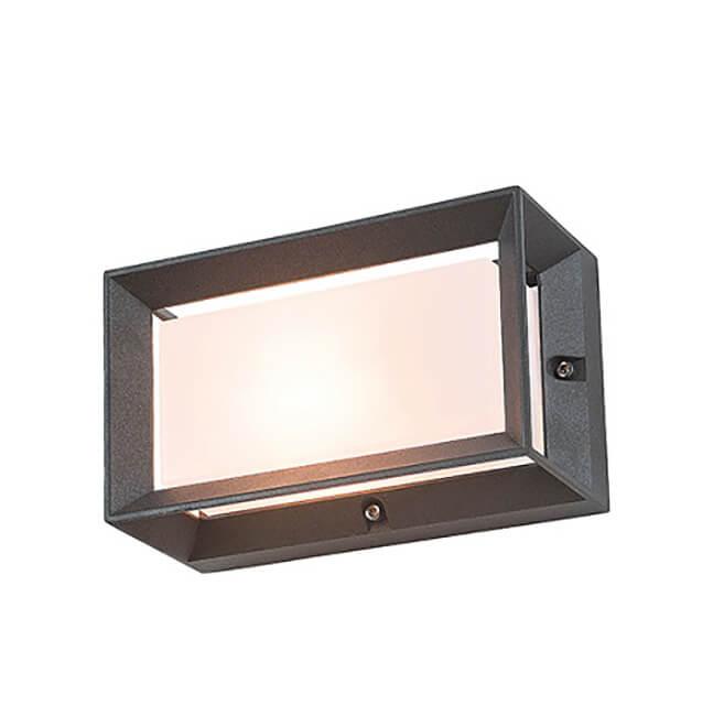 Външна лампа, модел E148, с IP44