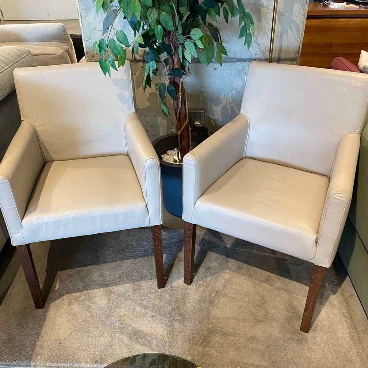 Трапезен стол K07, естествена кожа - мостра