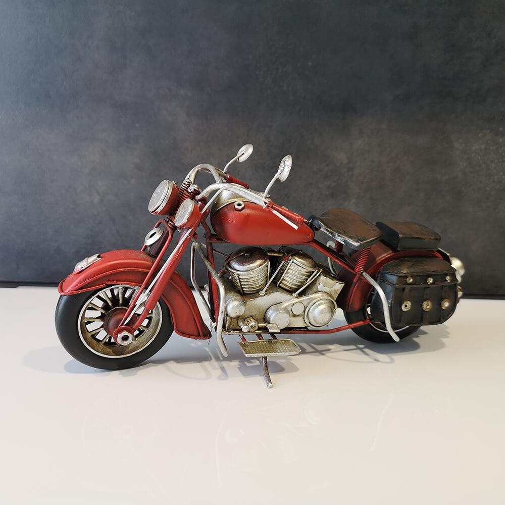 Декоративен мотор, червен - мостра