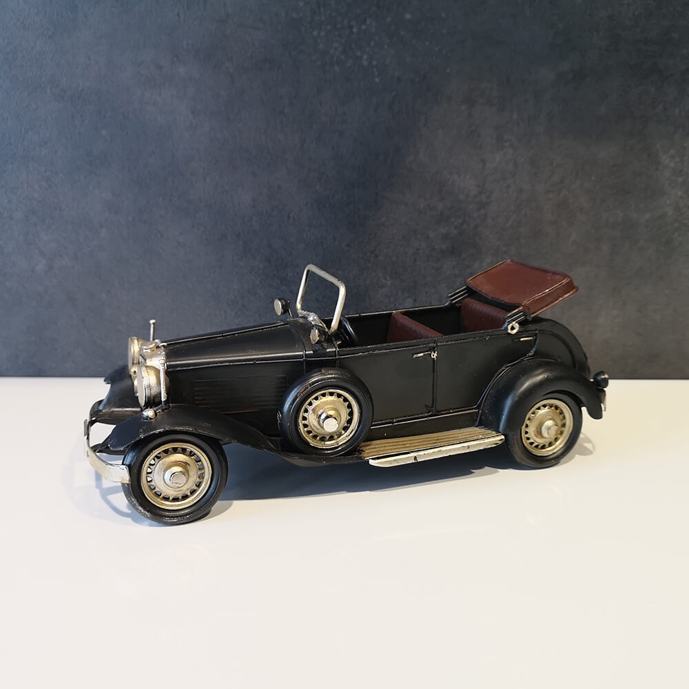 Декоративна кола, черна - мостра