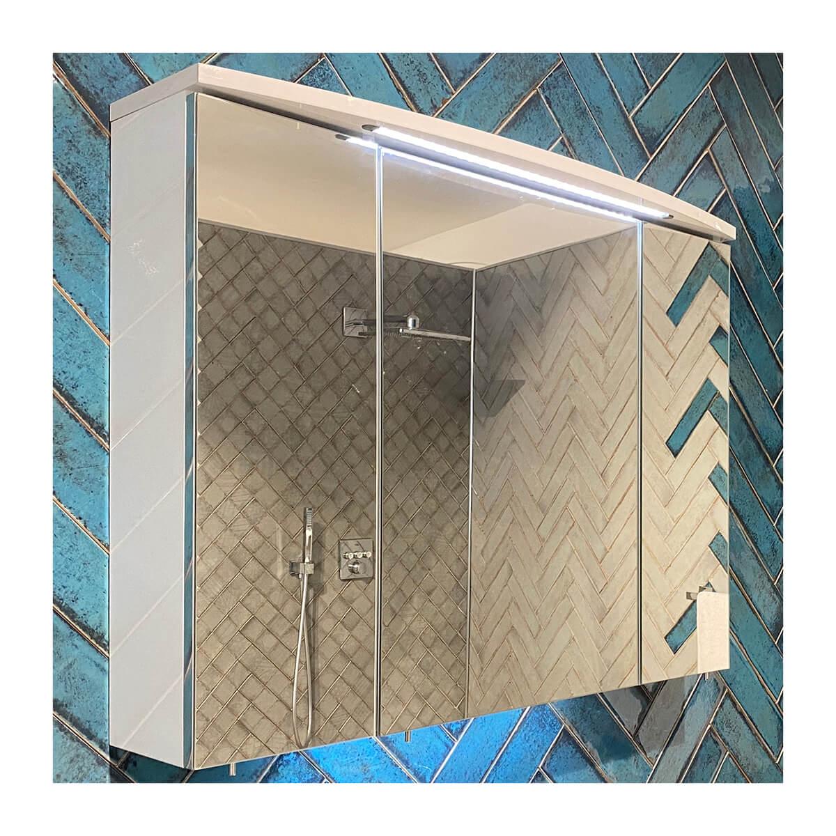 Стенен шкаф за баня с огледало Urla - мостра