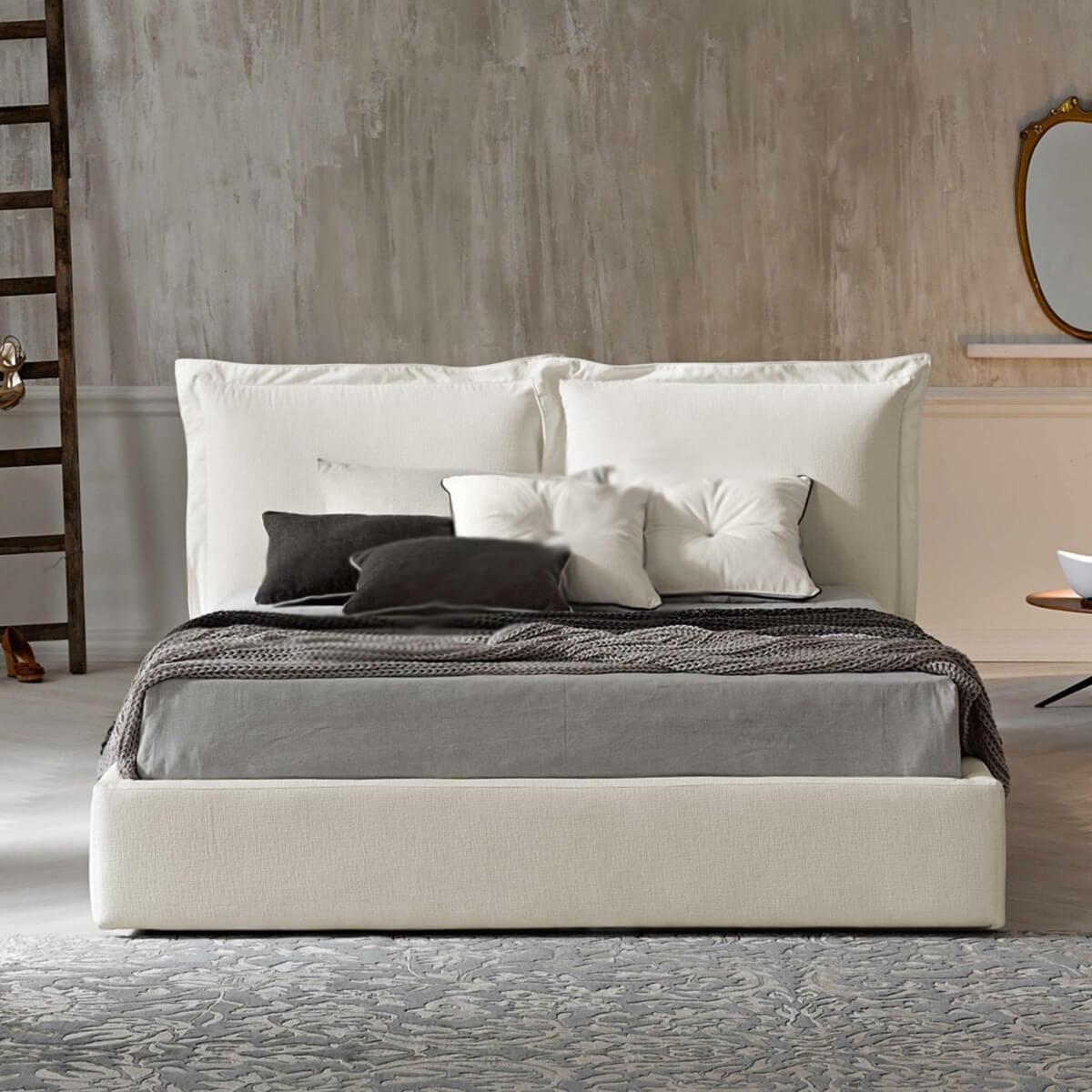 Тапицирано легло Szymek